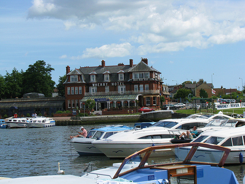 Hotels-in-oulton-broad-suffolk
